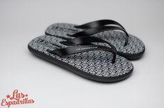 Вы можете купить мужские вьетнамки от Las Espadrillas всего 899грн. Только на http://lasespadrillas.com #Flipflop #Lasespadrillas #fashion #moda #buy #shoes #footwear #style #men #Обувь #стиль #journal #vans #look #summer #summershoes #travel #like #bestoftheday #madeinukraine #hypebeast #goodlook #стиль #мода #бренд #обувь #магазин #производство #дизайн #вьетнамки
