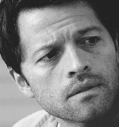 beautiful gif of Cas (Misha)
