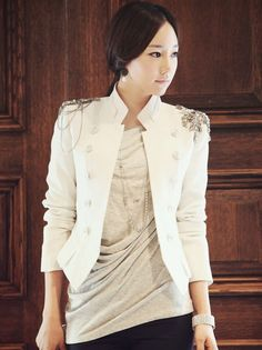 white military style blazer..This is going on my blazer with list!