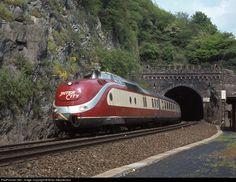 RailPictures.Net Photo: Deutsche Bundesbahn BR 601 at St.Goar ... - Follow our Train Trips at www.VodkaTrain.eu #VodkaTrain #wodkatrain #traintravel #zugreisen #bahnreisen #travel