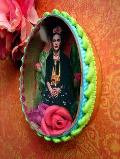 Frida Kahlo easter egg shrine by filzgood
