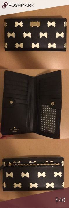 Kate spade wallet Never used, without tag. kate spade Bags Wallets