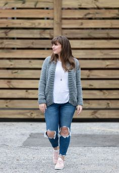 Free Crochet Cardigan Pattern - my everyday cardigan sweater pattern is simple, fun, and beginner friendly using half double crochet stitches! Crochet Cardigan Pattern, Afghan Crochet Patterns, Crochet Afghans, Crochet Cowls, Crotchet Patterns, Crocheting Patterns, Sweater Patterns, Fun Patterns, Vogue Patterns