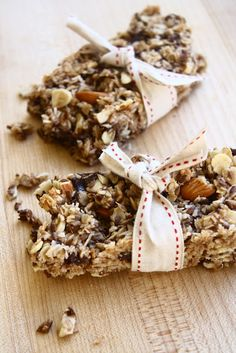 These Coconut and Chocolate Granola Bars are delicious and nutritious. Made from ingredients you'll always have around in your pantry.