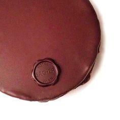 {voglie coraggiose} #hotelsacher #sachertorte #originalsacher #chocolate #dessert #cake #staatsoper #wien #österreich #eu #fivestar #suitelife #love #food #holidays #travel my instagram @Const Pepe http://instagram.com/constpepe