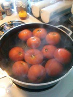 BLANCHING FRESH TOMATOS TO FREEZE