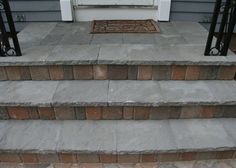 cover cement steps stone - this solves the problem of the mismatched porch and steps Front Porch Steps, Patio Steps, Outdoor Steps, Cement Steps, Concrete Porch, Concrete Crafts, Porch Makeover, Concrete Design, Decks And Porches