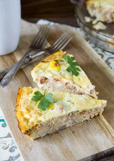 Do you love quiche? This one is super easy and perfect without the crust. Crustless potato bacon quiche will be a favorite in your household.