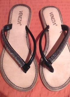 Kup mój przedmiot na #vintedpl http://www.vinted.pl/damskie-obuwie/japonki/14310243-venezia-skorzane-czarne-japonki-r-37