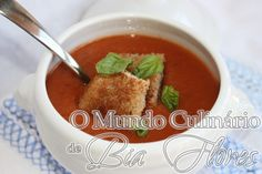 Sopa de tomate | O Mundo Culinario de Bia Flores