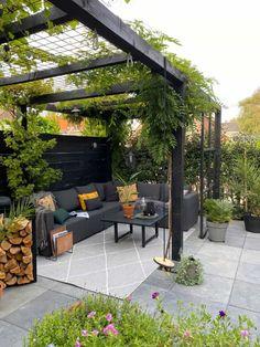 Backyard Patio Designs, Outdoor Pergola, Small Backyard Landscaping, Backyard Pergola, Pergola Designs, Backyard Ideas, Backyard Pools, Backyard Landscape Design, Backyard Parties
