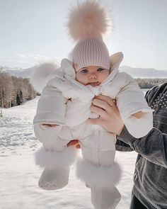 Which do you prefer? Swipe left to help me choose your favorite hat 😍🙈 Cute Baby Videos, Cute Baby Pictures, Cute Baby Girl Outfits, Cute Baby Clothes, Babies Clothes, Cute Funny Babies, Cute Kids, Beautiful Children, Beautiful Babies