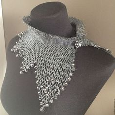 Beaded Necklace Patterns, Beaded Jewelry Designs, Seed Bead Jewelry, Jewelry Patterns, Bead Embroidery Patterns, Beaded Embroidery, Wire Crochet, Beaded Collar, Expensive Jewelry