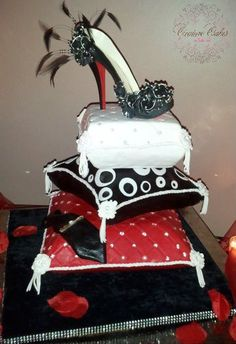 Pillow cake with Sugar Louboutin Shoe'``````````✬ '✧ `✬ `````````` ♜=♜=♜ ``````` ` {_♥_✿_♥_} '``` ✩ `✫{=✰=✰==}✫ `✩ ````♖.{♖___♖_♖___♖}.♖ ```{==================} ```{✿_❤_❀_♥_✿_♥_❀_❤_✿} `` {===================} ``{_✿_❤_❀_♥_✿_♥_❀_❤_✿_}
