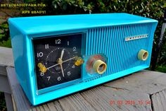 MP3 Ready Sky Blue Turquoise Retro Jetsons 1959 Motorola Model SC13B Tube AM Clock Radio Totally Restored! by RetroRadioFarm on Etsy