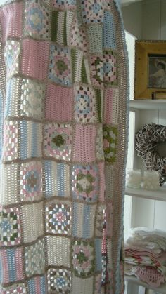 Crochet Pretty alteration of granny squares with plain lacy squares!  Like the pastels too!
