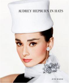 Лучшие шляпы Одри Хепберн:Альбом с фотографиями легендарной актрисы выходит в издательстве Reel Art Press