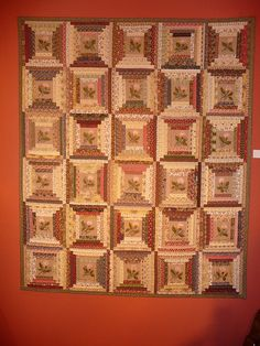 DESIGN FOR OUR WEDDING QUILT? A different take on a log cabin quilt. Looks like a large center block with darks and lights alternating on sides and top/bottoms to frame the patterned center block. Log Cabin Patchwork, Log Cabin Quilts, Barn Quilts, Édredons Cabin Log, Log Cabins, Quilt Block Patterns, Quilt Blocks, France Patchwork, Log Cabin Designs