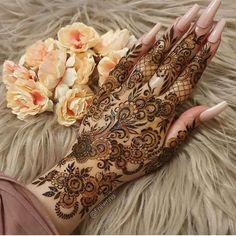 Pretty Henna Designs, Modern Henna Designs, Latest Henna Designs, Floral Henna Designs, Basic Mehndi Designs, Mehndi Designs Feet, Beginner Henna Designs, Henna Art Designs, Mehndi Design Pictures
