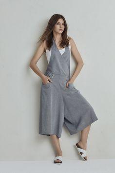 Diy Clutch, Clutch Purse, Jumpsuit, Purses, Dresses, Fashion, Spring Summer, Overalls, Handbags