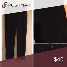 Beautiful Ellie Tahari Black Jeggings. This pair of pants are really nice!! Black stretch y material. Size large which is really a size 12. Hardly worn and in great condition. 🌸🌺👠 Elie Tahari Pants Leggings
