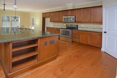 Amazing Kitchen with TONS of granite!!!