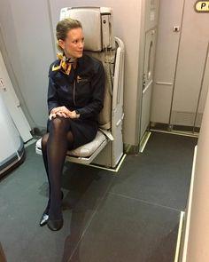 fast tglich so liebe anfragen von euch zum thema bewerbung und vorraussetzungen um flugbegleiter zu werden schaut mal bei wwwbe lufthansacom vorbei - Be Lufthansacom Bewerbung