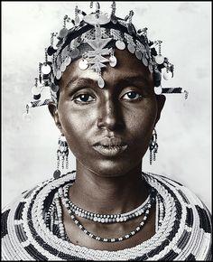 Africa | Portrait of a Rendille woman | © Jan C Schlegel.