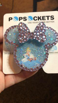 Disney Icons, Disney Pop, Cinderella Disney, Cute Popsockets, Disney Keychain, Disney Cases, Pop Sockets Iphone, Girly Phone Cases, Acrylic Keychains