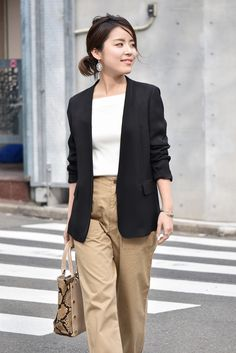 Ol Fashion, Japan Fashion, Suit Fashion, Fashion Pants, Daily Fashion, Korean Fashion, Smart Casual Women, Smart Casual Outfit, Business Casual Outfits