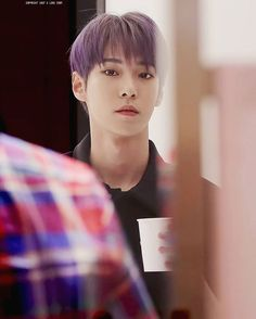 doyoungies purple hair is just so cute^.^