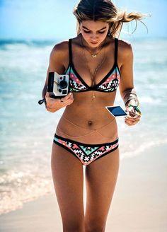 Ethno-Bikini 'Navajo' von Hunkemöller, Oberteil 27,99 €, Slip, 15,99 €