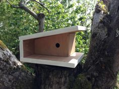 Diy Bird Houses Plans Birdhouse Ideas Ideas For 2019 Wood Bird Feeder, Bird House Feeder, Bird Feeders, Bird House Plans, Bird House Kits, Modern Birdhouses, Birdhouse Designs, Birdhouse Ideas, Bird Houses Diy