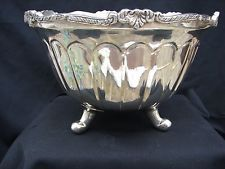 Excellent Classical Silver Plate Punch Bowl  (COLORS ARE LIGHT REFLECTIONS)