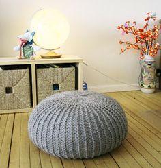 pouf en tricot