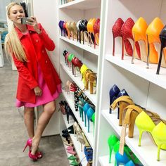Zhanna Bianca Louboutin Pumps, Christian Louboutin, Dolls, Instagram Posts, Shoes, Fashion, Shoe, Zapatos, Moda