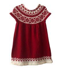 Julekjole med fjeldroser til barn Barn, Panda, Summer Dresses, Knitting, Children, Design, Fashion, Boys, Moda