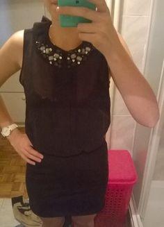 Kup mój przedmiot na #vintedpl http://www.vinted.pl/damska-odziez/krotkie-sukienki/10179864-sliczna-czarna-sukienka-z-wycieciem-na-plecach
