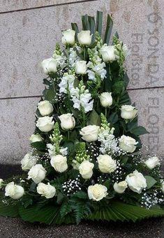Church Flowers, Funeral Flowers, Big Flowers, Pretty Flowers, Wedding Flowers, Large Flower Arrangements, Funeral Flower Arrangements, Wedding Arrangements, Shade Garden Plants