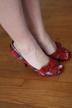RESERVED FOR MARIA vintage plaid heels by thewitcheryvintage