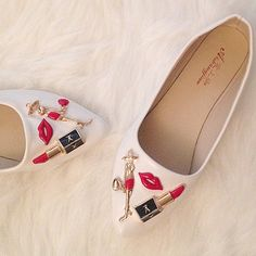 3 dimensional fashion flats These are too cute to pass up, white flats with an elegant lady holding a handbag and she's got her LV lipstick. Shoes Flats & Loafers