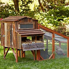 11 Snazzy Chicken Coops for Backyard Poultry Farmers | Mental Floss