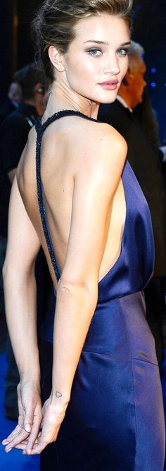 backless style ♥✤ | Keep the Smiling | BeStayBeautiful