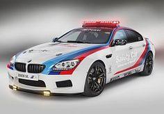 5-Apr-2013 12:05 - BMW M6 GRAN COUPÉ ALS SAFETY CAR. BMW levert alweer sinds 1999 de safety cars voor de MotoGP-races. Omdat te vieren wordt dit jaar de M6 Gran Coupé in safety-car-kostuum gehesen.