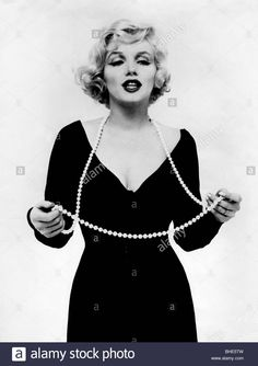 Download this stock image: Monroe, Marilyn, 1.6.1926 - 5.8.1962, American actress, PR photo for movie Some Like It Hot), USA 1959, (birth name: Norma Jean - BHE5TW from Alamy's library of millions of high resolution stock photos, illustrations and vectors.