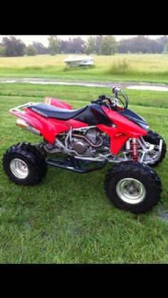 1000 images about four wheelers on pinterest honda trx and atv. Black Bedroom Furniture Sets. Home Design Ideas