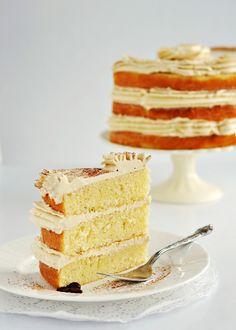 vanilla bean latte layer cake with vanilla bean latte swiss meringue buttercream