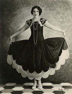 Leone Lane (1928)