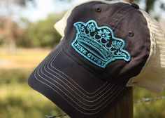 pigment NAVY cap with metallic turquoise CROWN patch.