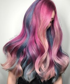 Pastel and neon hair colors in balayage and ombre: mermaid hair Neon Hair Color, Hair Color Balayage, Ombre Colour, Hair Colorful, Bright Hair, Pelo Multicolor, Coloured Hair, Mermaid Hair, Hair Colors